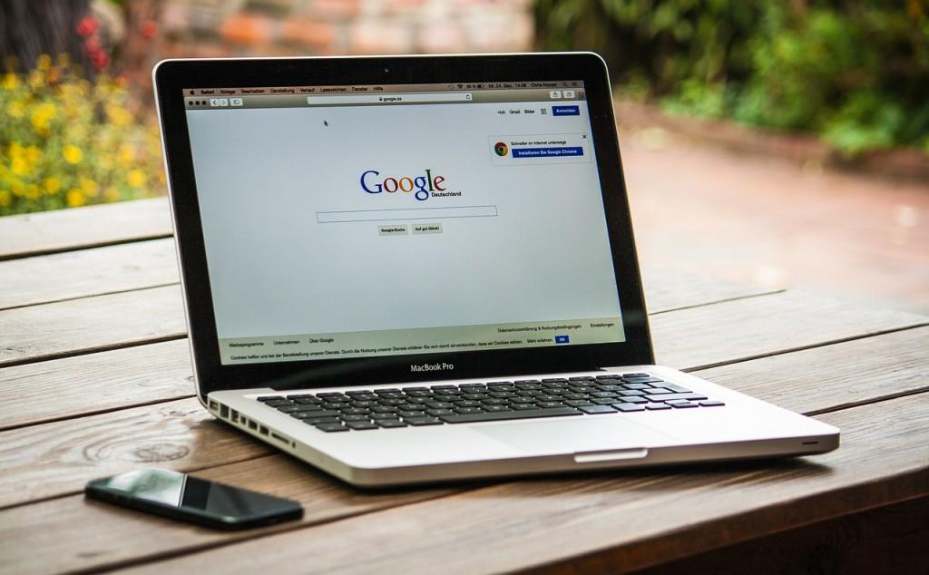 google-monitorowanie-opinie-blog-sasdesign