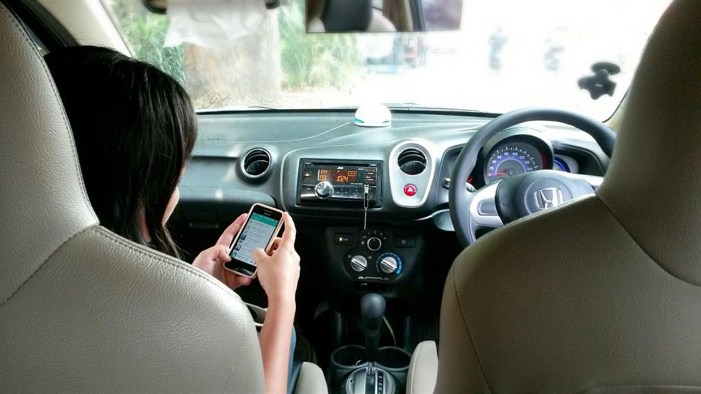 smartfon-rwd-sas-design